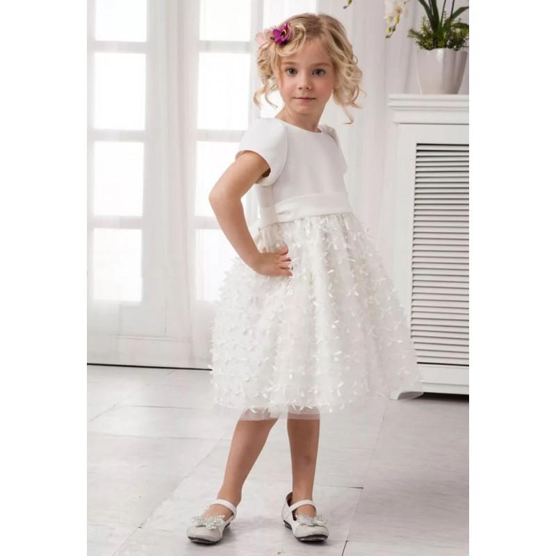 e55bc557f0072 Je veux trouver un joli robe de qualité pour ma fille ou pour offrir pas  cher ICI Robe fille d honneur 3 ans