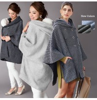 Poncho premaman e mamma-bimbo in tweed