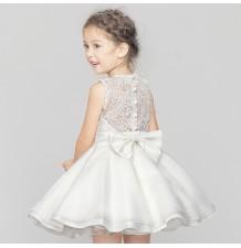 Enchantillon robe blanche de cérémonie fille demoiselle d'honneur 120cm