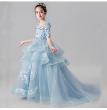 Robe longue bleu avec train de cérémonie fille