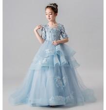 Vestito blu con strascico cerimonia damigella